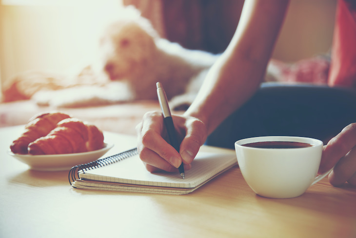 5 Practical and Easy Ways to Express Gratitude, journaling