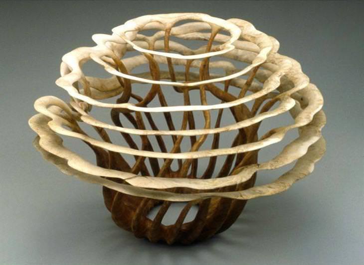 Escultura em madeira torneada Alain Mailland