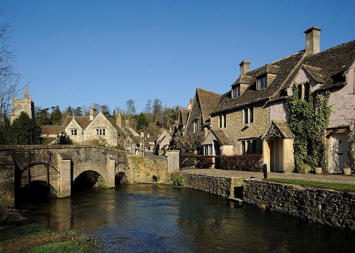 Aldeias bonitas no Reino Unido Castle Combe