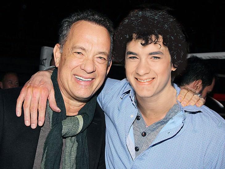 Famosos em versão juvenil Tom Hanks