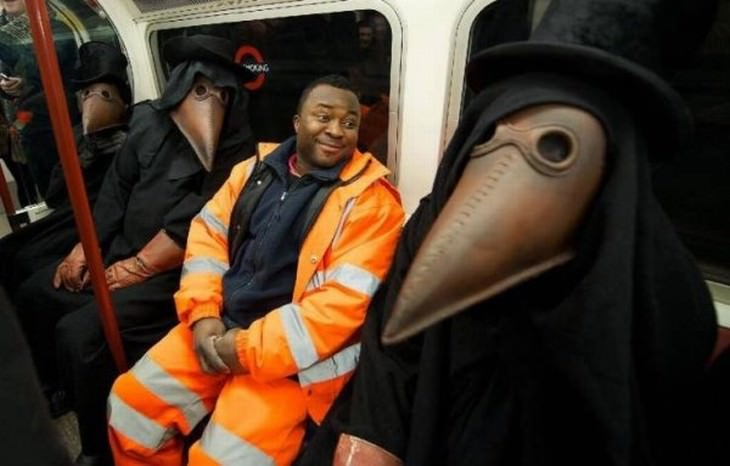 Imagens divertidas que se vê no metrô