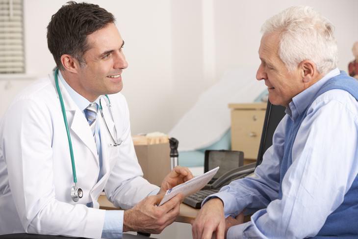 Chiste: La Pregunta Del Anciano Al Doctor