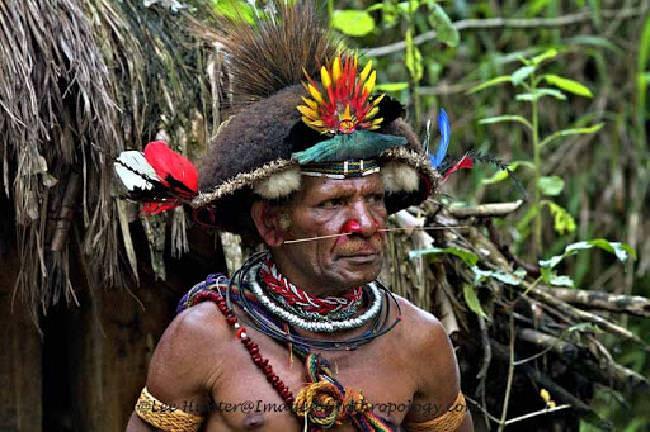 Piada de missionário - chefe Papua Nova Guiné