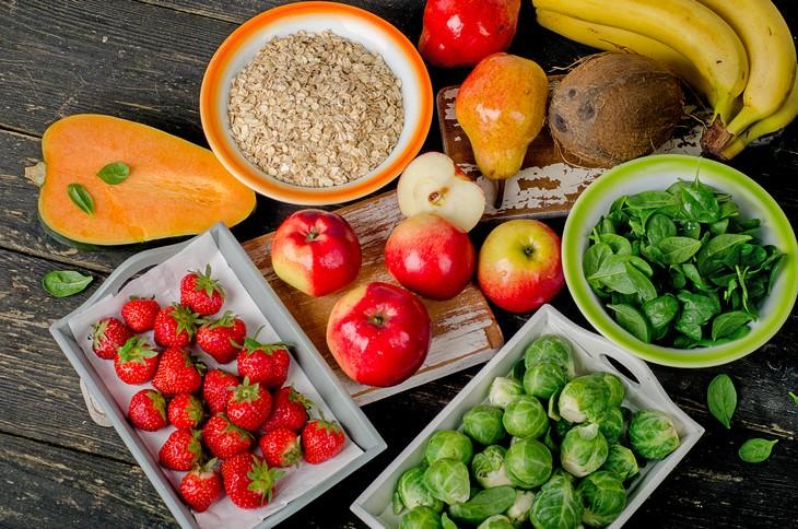 Como evitar sentir-se inchado comidas ricas em fibras