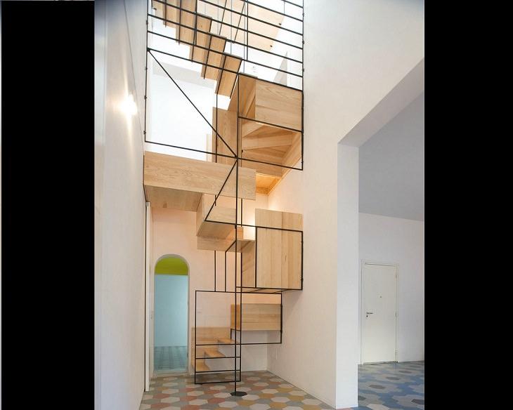 Escada de madeiraem estilocubista,por Francesco Librizzi