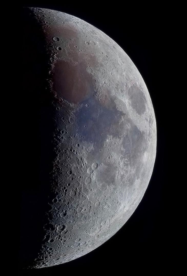 """39% Lua Crescente"""" de Richard Addis (Reino Unido)"""