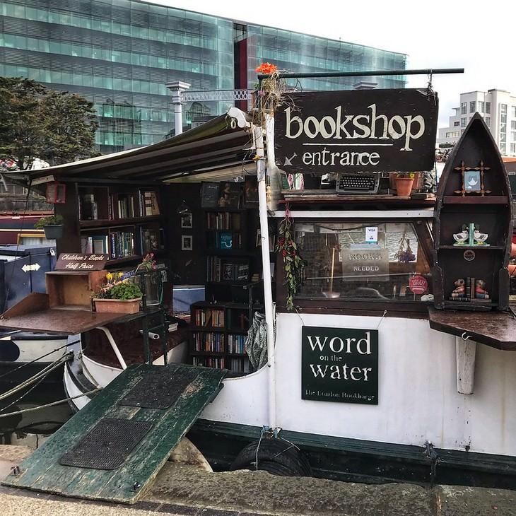 Livrarias incríveis em locais insólitos Words On Water