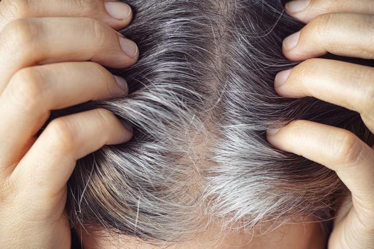 10 Mitos que danificam seu cabelo