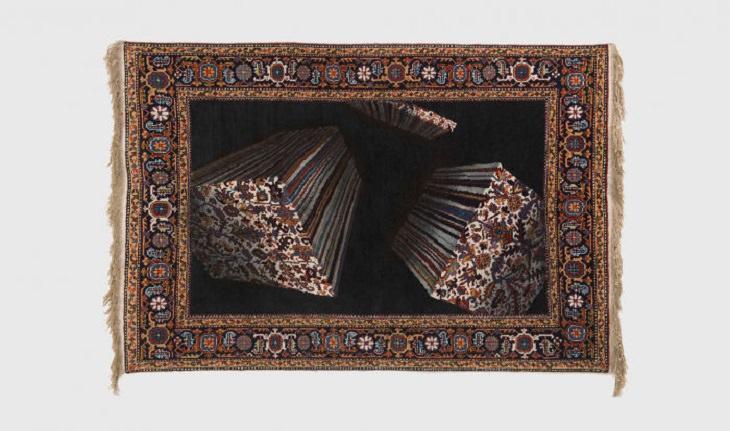 Tapetes e tapeçarias tradicionais do Azerbaijão com um toque moderno e criativo projetados pelo artista Faig Ahmed