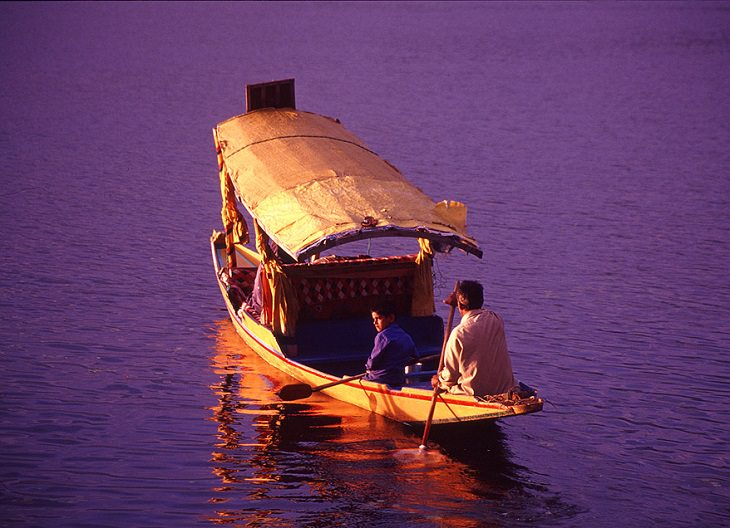 Lesser known types of boats with unusual names, Shikara