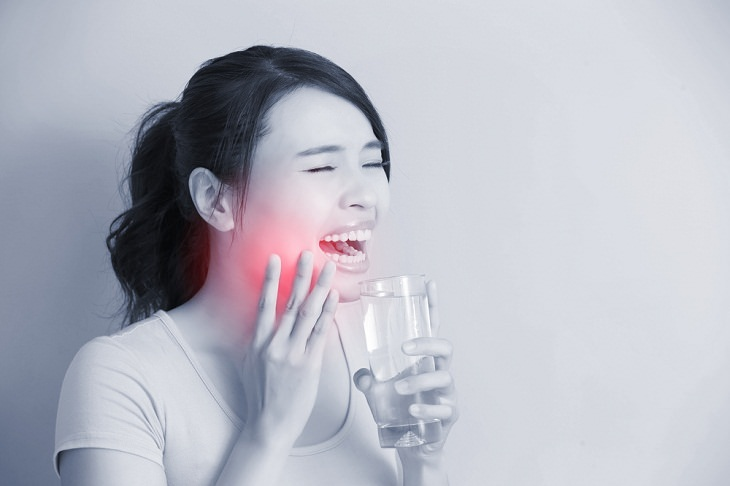 Risks of Over Brushing Your Teeth, sensitive teeth