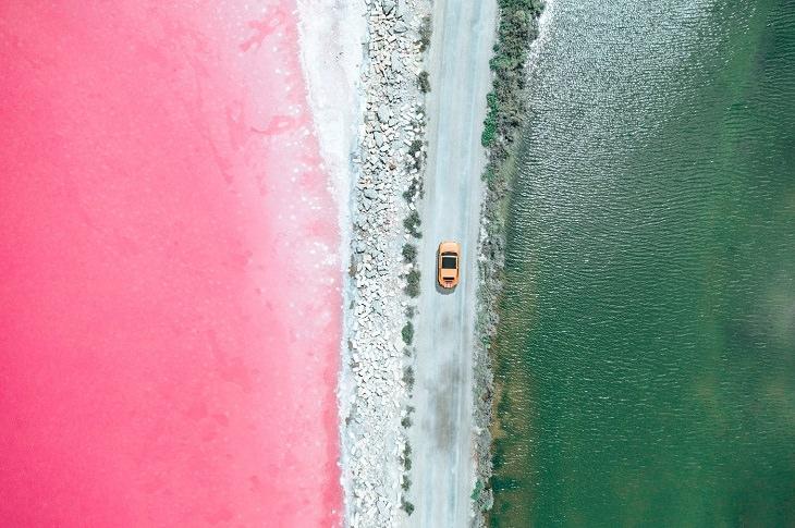 fotos aéreas de campos de sal na França