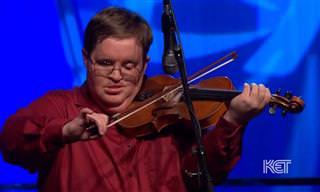Quando esse gênio do violino toca você não pode ficar parado