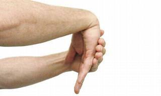 7 Exercícios Para Alivar as Dores Nas Mãos e Nos Pulsos