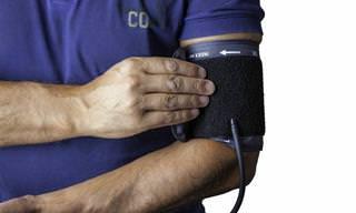 Qual deveria ser sua pressão arterial segundo sua idade?