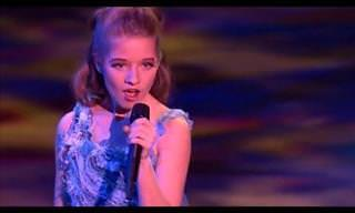 Jackie Evancho - Interpretando a linda canção ''Bridge Over Troubled Water''