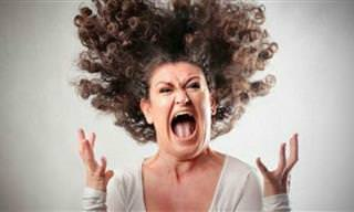 Piada: A mulher furiosa e o recepcionista