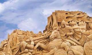 Gelo vs. Areia - A Guerra das Esculturas!