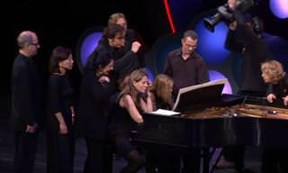 Seria possível 12 músicos tocarem o MESMO piano?
