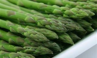 A Impressionante Lista de Benefícios do Aspargo