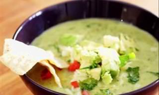Deliciosa Receita de Sopa de Abacate Com Frango