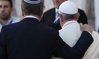 Piada: Moishe e o Papa