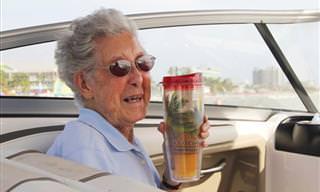 Senhora de 90 Anos Com Câncer Viaja Pelo Seu País