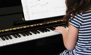6 Benefícios Fornecidos Ao Tocar Instrumentos
