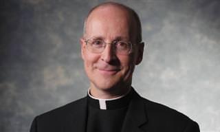 Piada: O casal, o padre e o nascimento milagroso