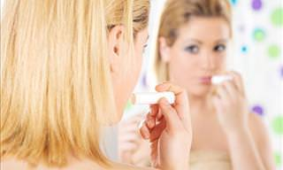 12 Formas de Usar o Protetor Labial