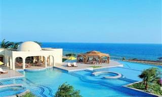 O Luxo Redefinido em 24 Hotéis do Oriente Médio