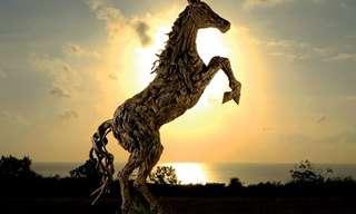 Belas Esculturas de Madeira Gigantes