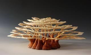 Esculpindo formas da natureza em madeira torneada