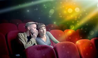 Piada: Dois namorados no cinema