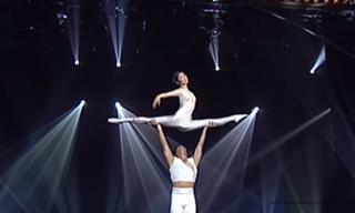 Assista a Esta Incrível Performance Acrobática!