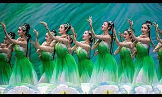 Uma bela dança celebra a chegada da primavera