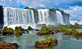 Desfrute da Vista Deslumbrante Das Poderosas Cataratas do Iguaçu