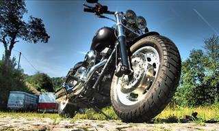 Piada: O Motociclista Que Quase Conseguiu o Que Esperava! (Adulta)