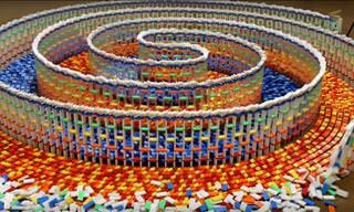 Este espiral triplo de dominó é a sensação da internet!