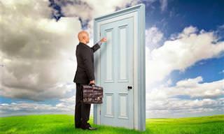 Incrível: Escolha uma porta e ela te mostrará quem você é!